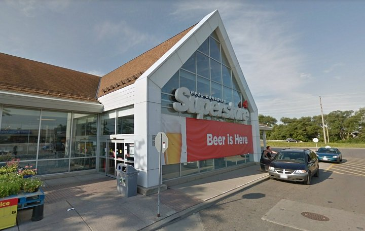 Coronavirus: Oshawa, Ont., grocery store employee diagnosed with COVID-19 dies in hospital