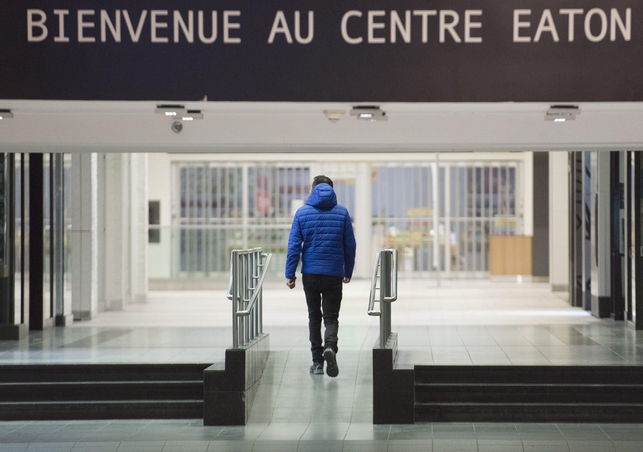 Stricter measures take effect in Quebec in bid to slow coronavirus