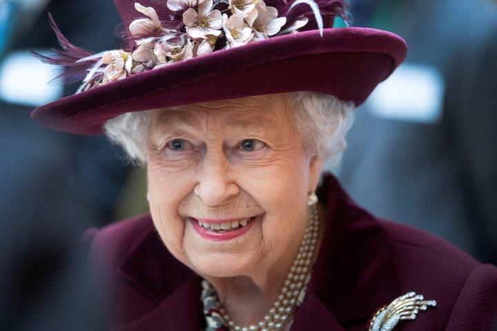 Queen Elizabeth focuses on coronavirus in first Easter address