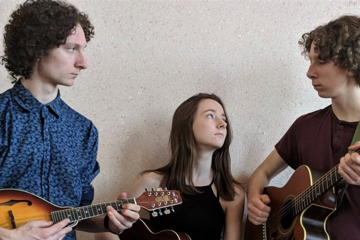 Nova Scotia folk music sibling trio, The Gilberts, gain popularity amid pandemic