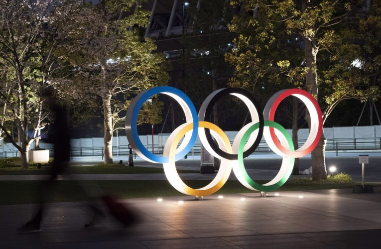 Holding Olympics in 2021 will be 'difficult' without coronavirus vaccine: official