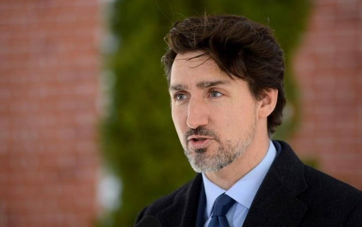 Coronavirus: Canadians should expect weeks or months of social distancing, Trudeau says