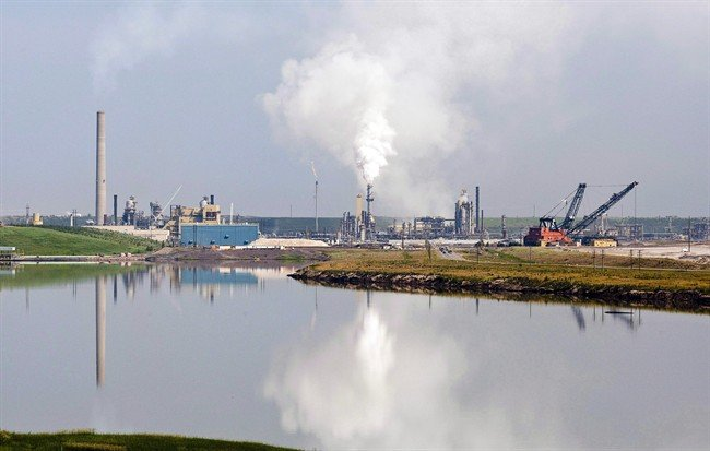 Alberta First Nations worried by suspension of oilsands environmental monitoring