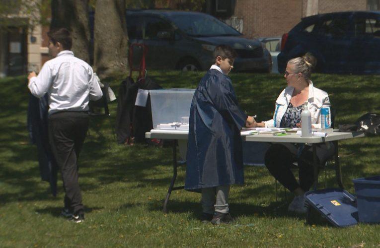 Coronavirus: Montreal school goes the extra mile to mark Grade 6 graduation