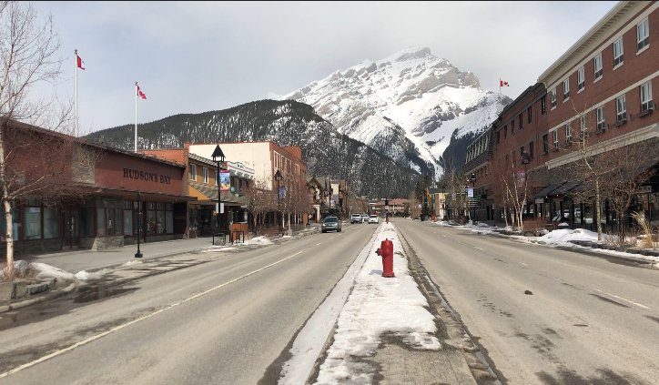 Coronavirus: What does Banff look like without international tourism?