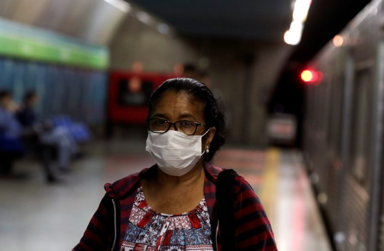 Coronaviurs: High heat, humidity can be problematic when wearing mask outdoors, experts say