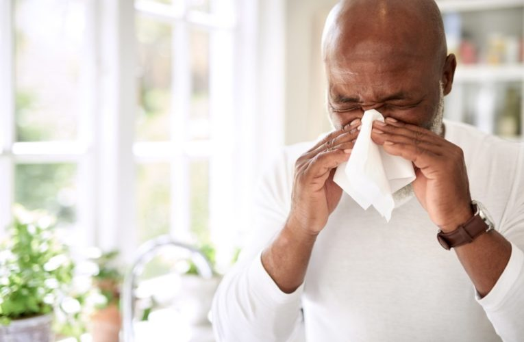 Itchy eyes or a runny nose? How to treat common allergy symptoms