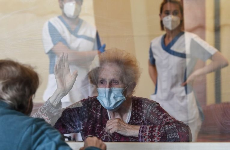 Seniors need more than one-time top-ups if coronavirus pandemic lingers: advocates