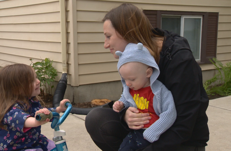 After miscarrying alone, Saskatoon mother questions hospital visitor restrictions