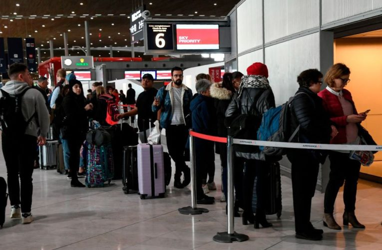 Coronavirus: EU to gradually lift restrictions on non-essential travel in July