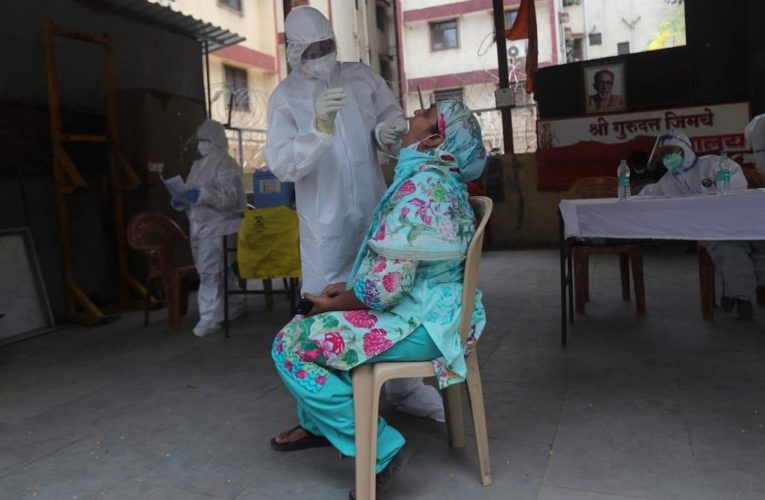India coronavirus cases surpass half a million, with no end in sight