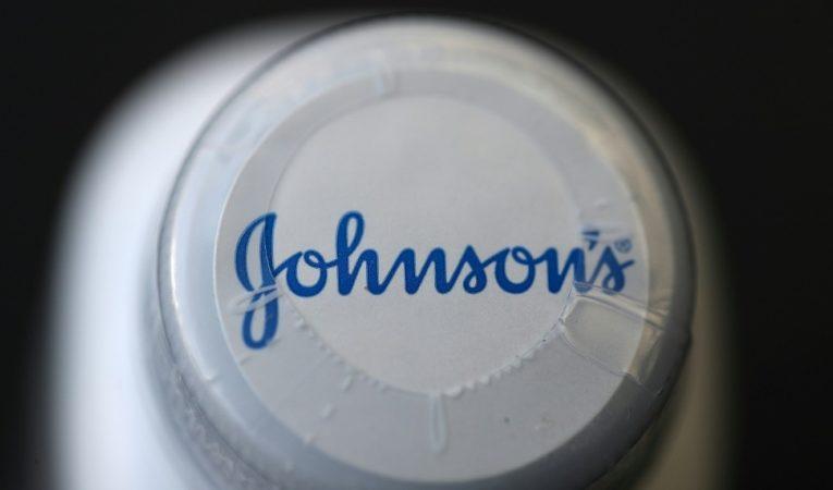 Johnson & Johnson told to pay US$2.1 billion over cancer-causing talc powder