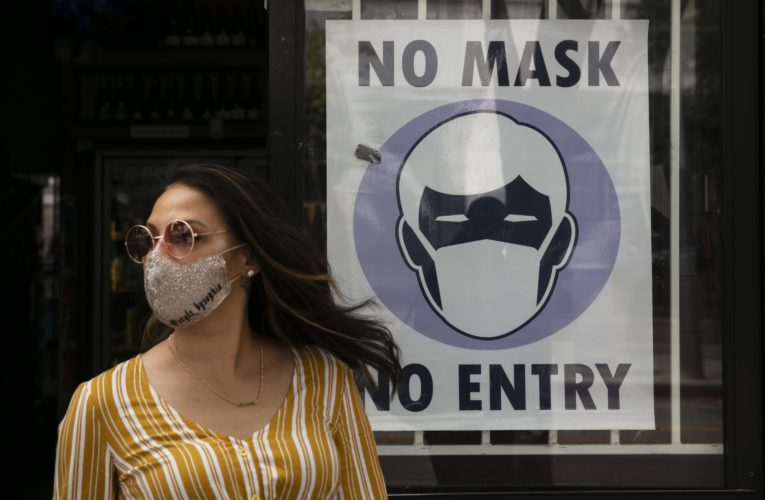 Anti-mask movement 'not based in reality', health expert says after Winnipeg protest