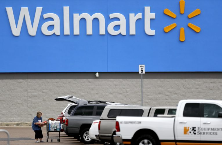 Coronavirus: All U.S. Walmart stores, some Canadian ones, to require face masks