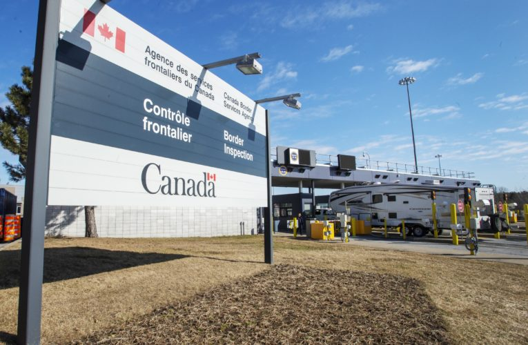 Coronavirus quarantine order for travellers entering Canada extended to Aug. 31