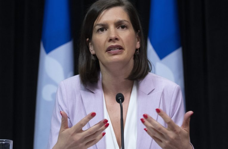 Quebecers are respecting mandatory mask rule to contain coronavirus spread, deputy premier says