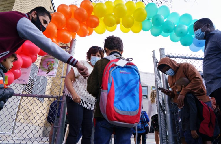 English schools in Montreal welcome back students amid COVID-19 crisis