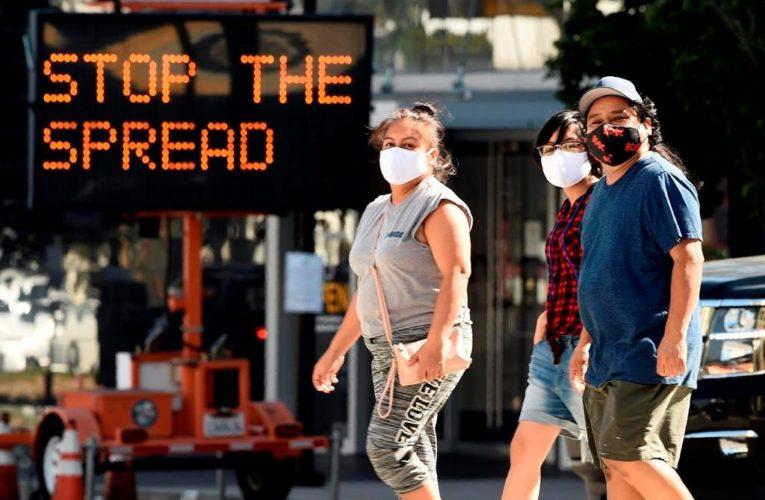 Face masks at home may be needed as U.S. battles coronavirus: task force head