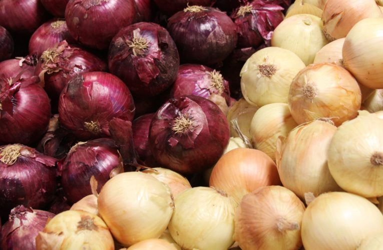 Onion recall expands across Canada; 17 hospitalizations linked to salmonella