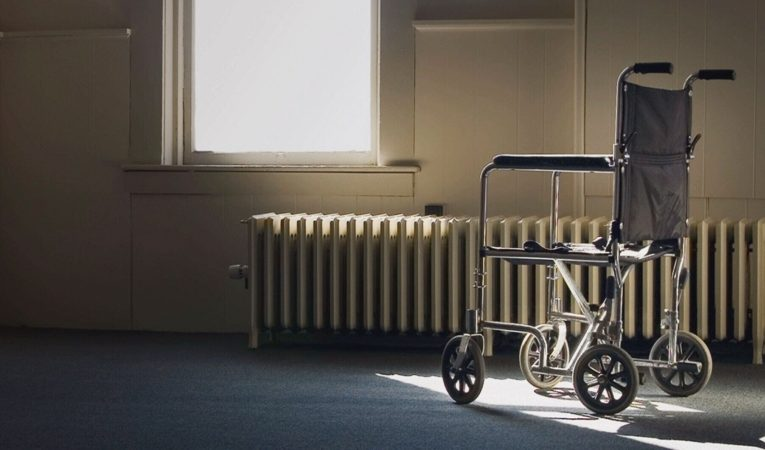 Advocates sound alarms as long-term care homes see COVID-19 cases rise
