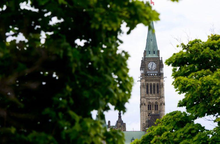 Canada's federal deficit hits $148.6B amid coronavirus pandemic