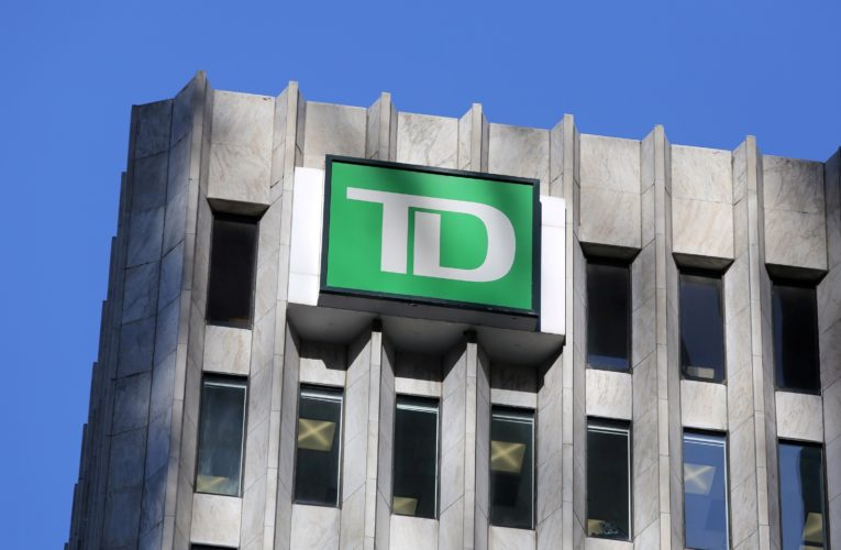 Class action lawsuit against TD over travel insurance, cancelled trips amid COVID-19 pandemic
