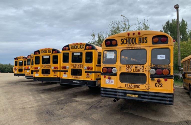 Coronavirus: School bus routes cancelled across Ontario as COVID-19 worsens driver shortage