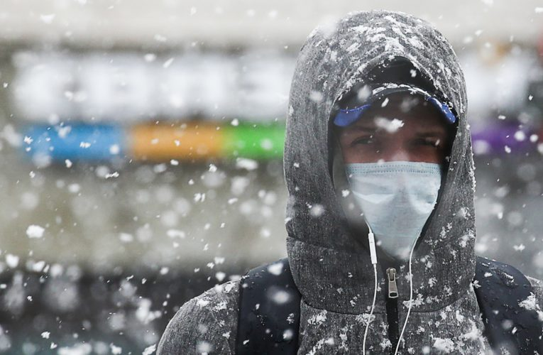 Winter in a pandemic: How cold air could make the coronavirus spread more easily