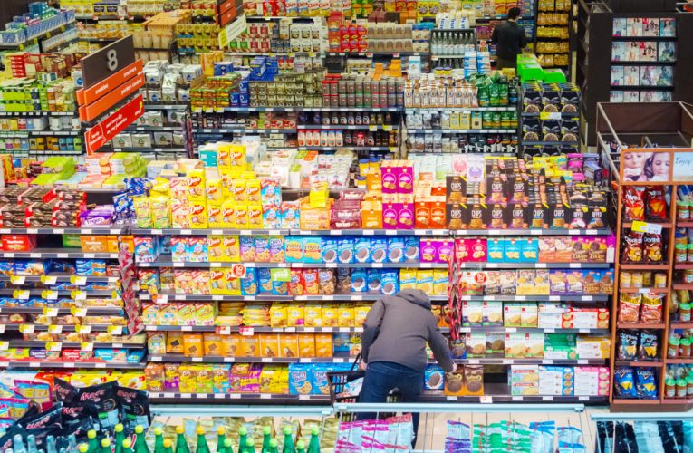 Grocery bills set to increase for Canadians: report