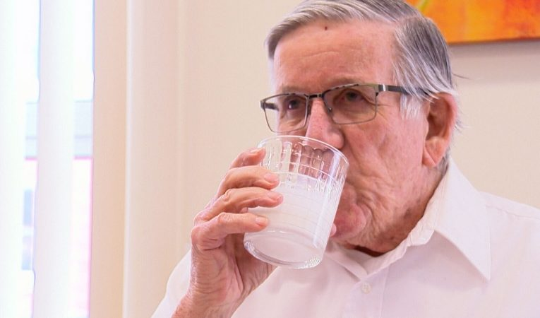 Quebec professor's drink to treat mild cognitive impairments in older adults hitting store shelves
