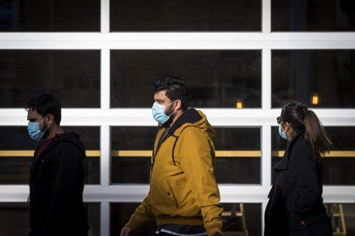 Ontario reports nearly 1,600 new coronavirus cases setting single-day record