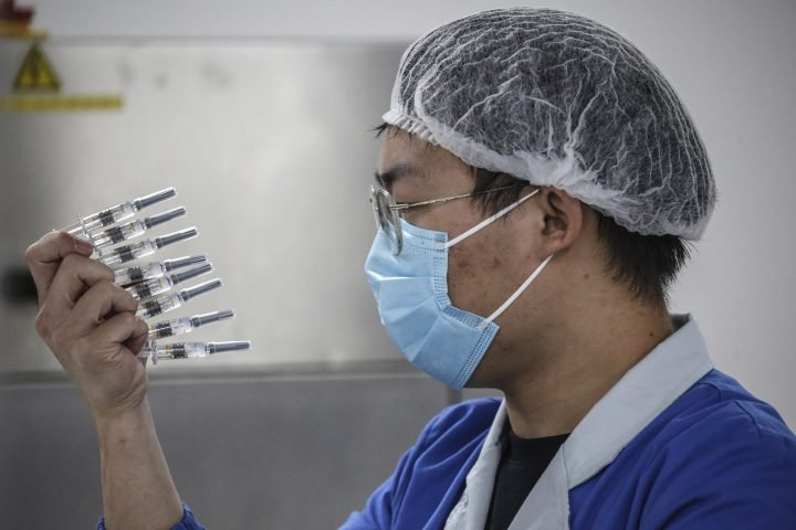 China to prioritize front-line workers in coronavirus vaccine rollout: official