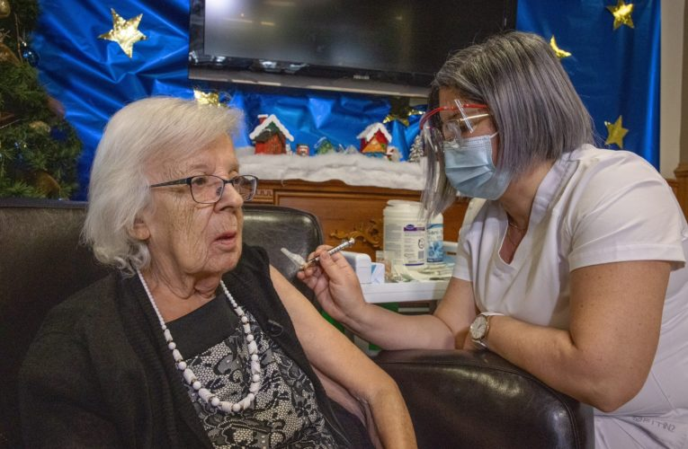 First Quebecer receives coronavirus vaccine as rollout begins in long-term care homes