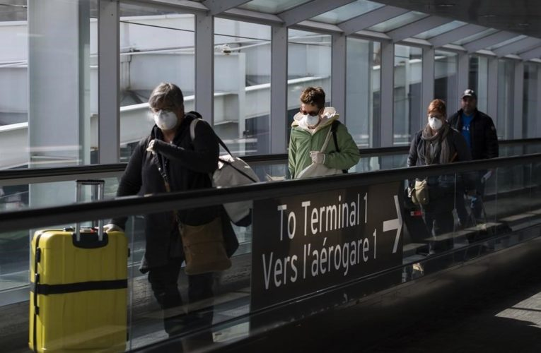 Provinces urge feds to ramp up rapid testing at airports amid new COVID-19 variant
