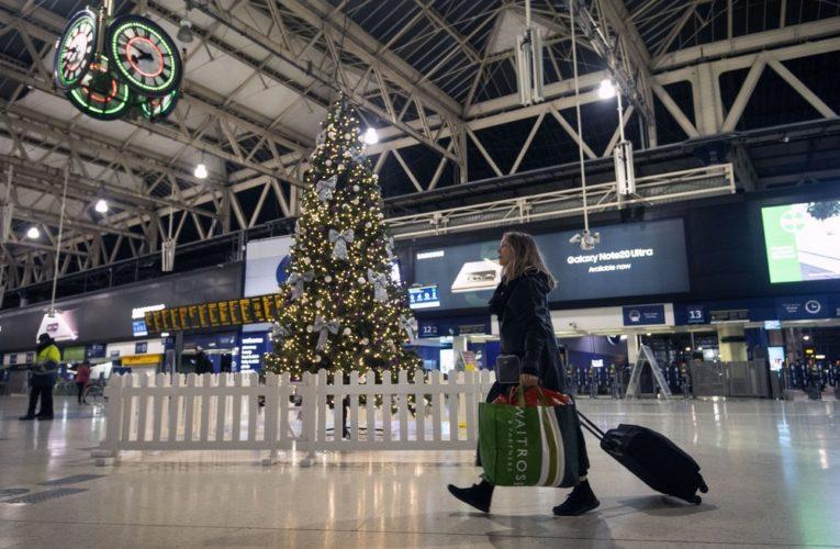 U.K. to hold emergency meeting over new coronavirus mutations, travel restrictions