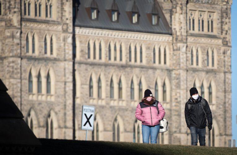 Ottawa seeking consultant to advise on coronavirus vaccine rollout amid questions