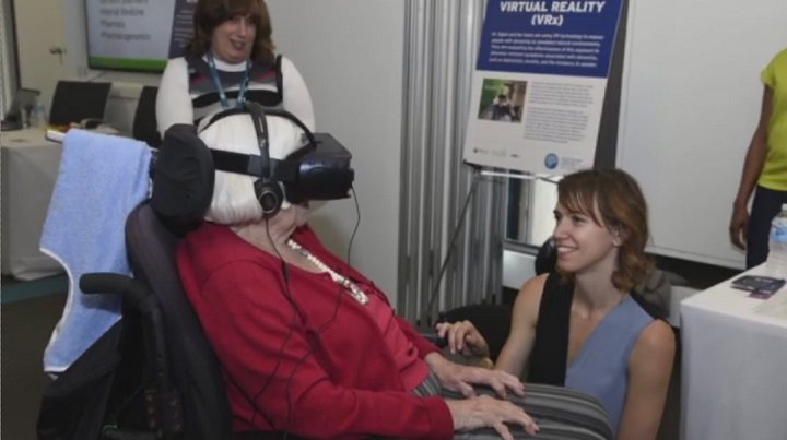 Toronto non-profit bringing virtual reality to seniors for chance to relive memories