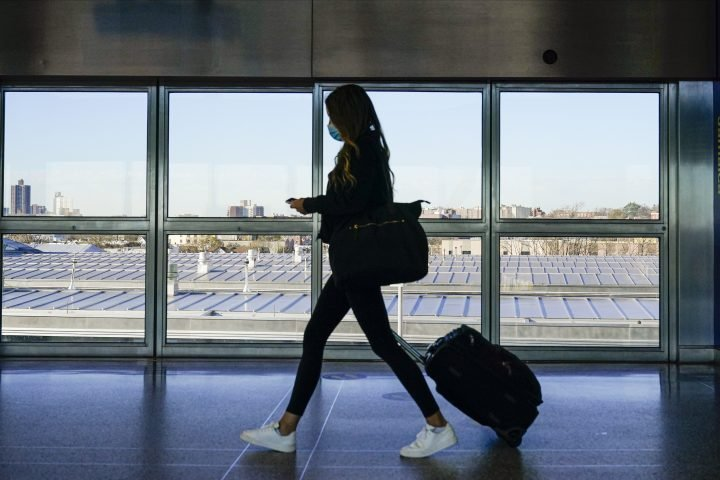 U.S. to require quarantine for all international travellers
