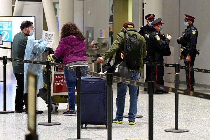 Coronavirus: Some travellers through Toronto Pearson airport violating Quarantine Act