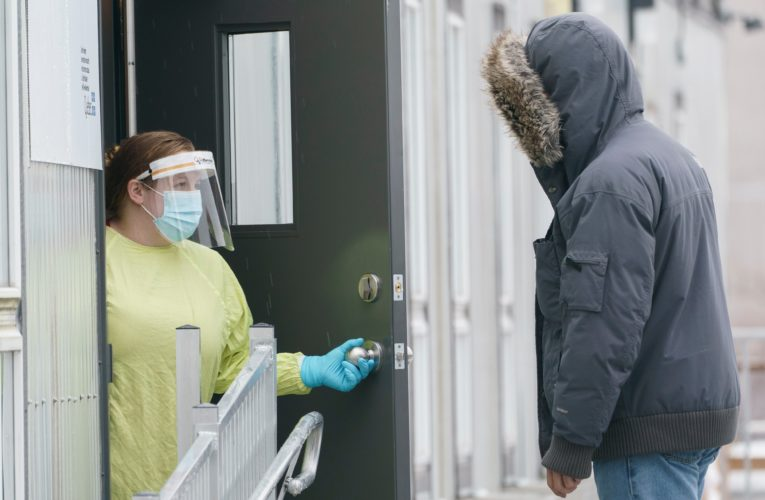 Quebec reports 1,101 new coronavirus cases, 33 deaths and fewer hospitalizations