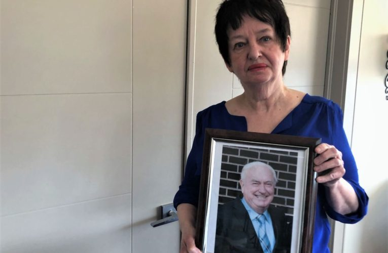 Halifax woman blames slow ambulance response in death of husband