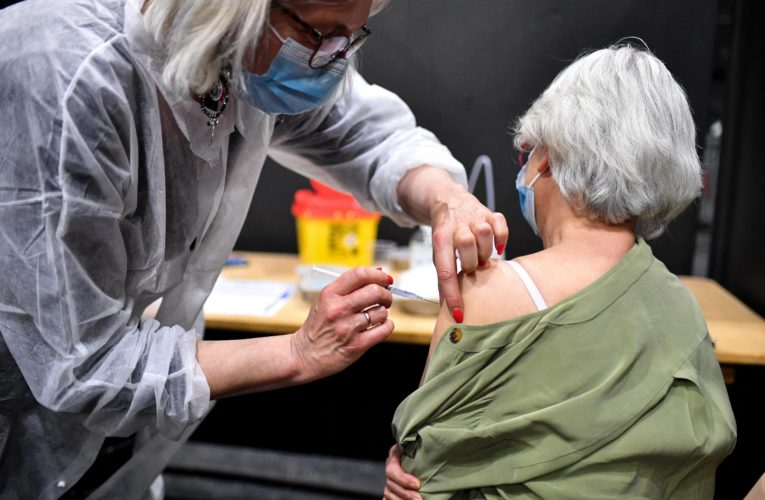 Can vaccinated people spread COVID-19? Data too limited, Health Canada says