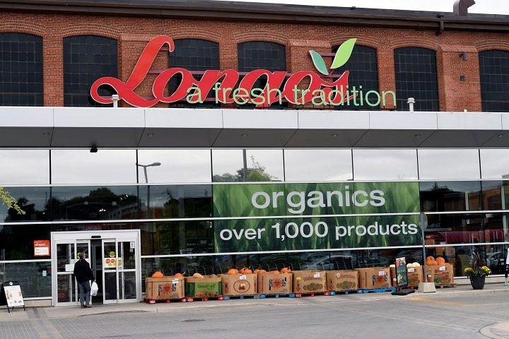 Longo's brings back temporary wage bump amid Ontario COVID-19 lockdown