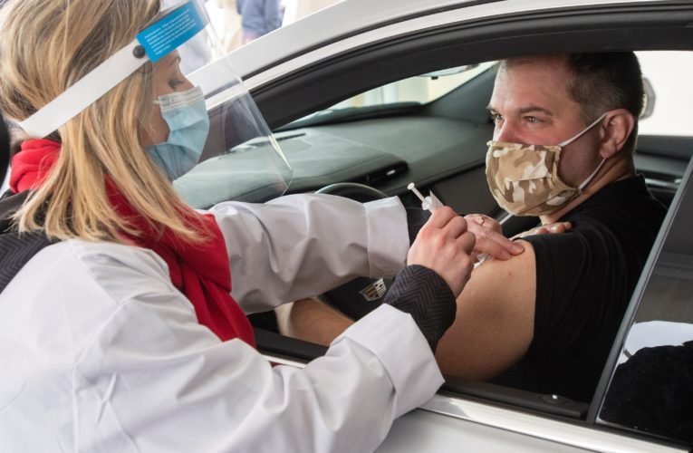 COVID-19: Quebec unveils drive-thru vaccination site at Montreal airport