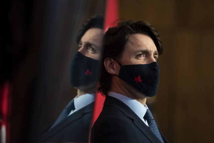 COVID-19: Trudeau pushes back on border closures after Ontario Progressive Conservative ad