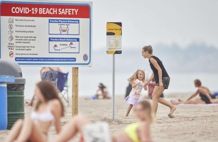 Majority of Canadians anticipate another lost summer due to COVID-19 restrictions: poll