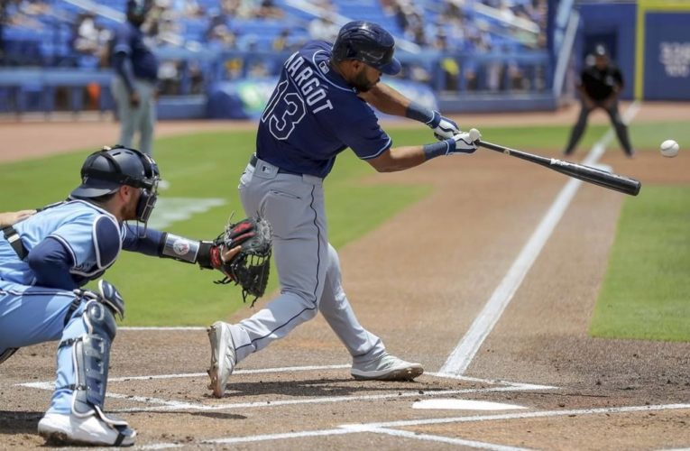 Rays rally with 5 walks in 9th, top Jays for 10th win in row