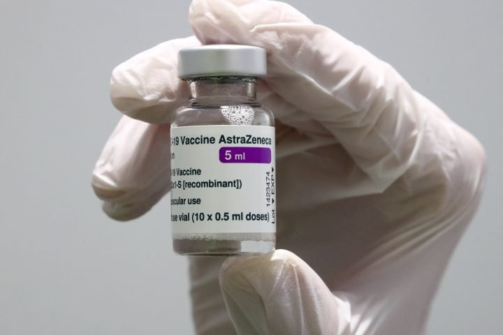 COVID-19: Ontario shortens wait time for 2nd shot after AstraZeneca vaccine