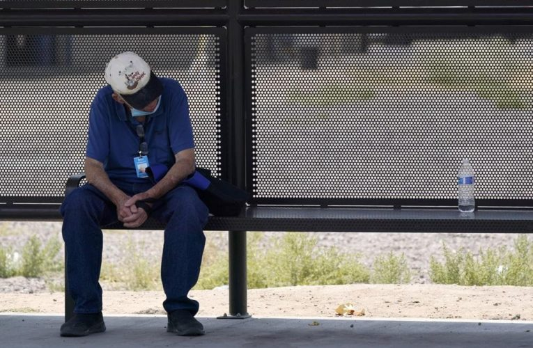 Vulnerable communities face health risk as heat wave scorches western U.S.: experts