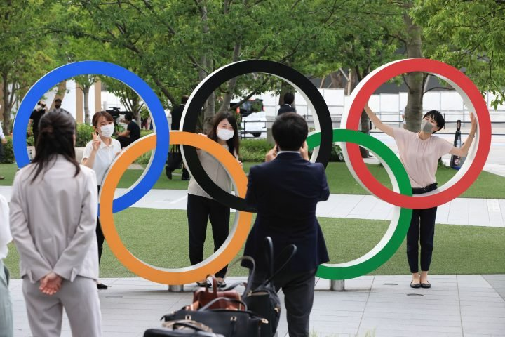 Banning all fans from Olympics still an option, Tokyo 2020 organizers say